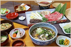 牛鍋山菜そば御膳・季節の果物版